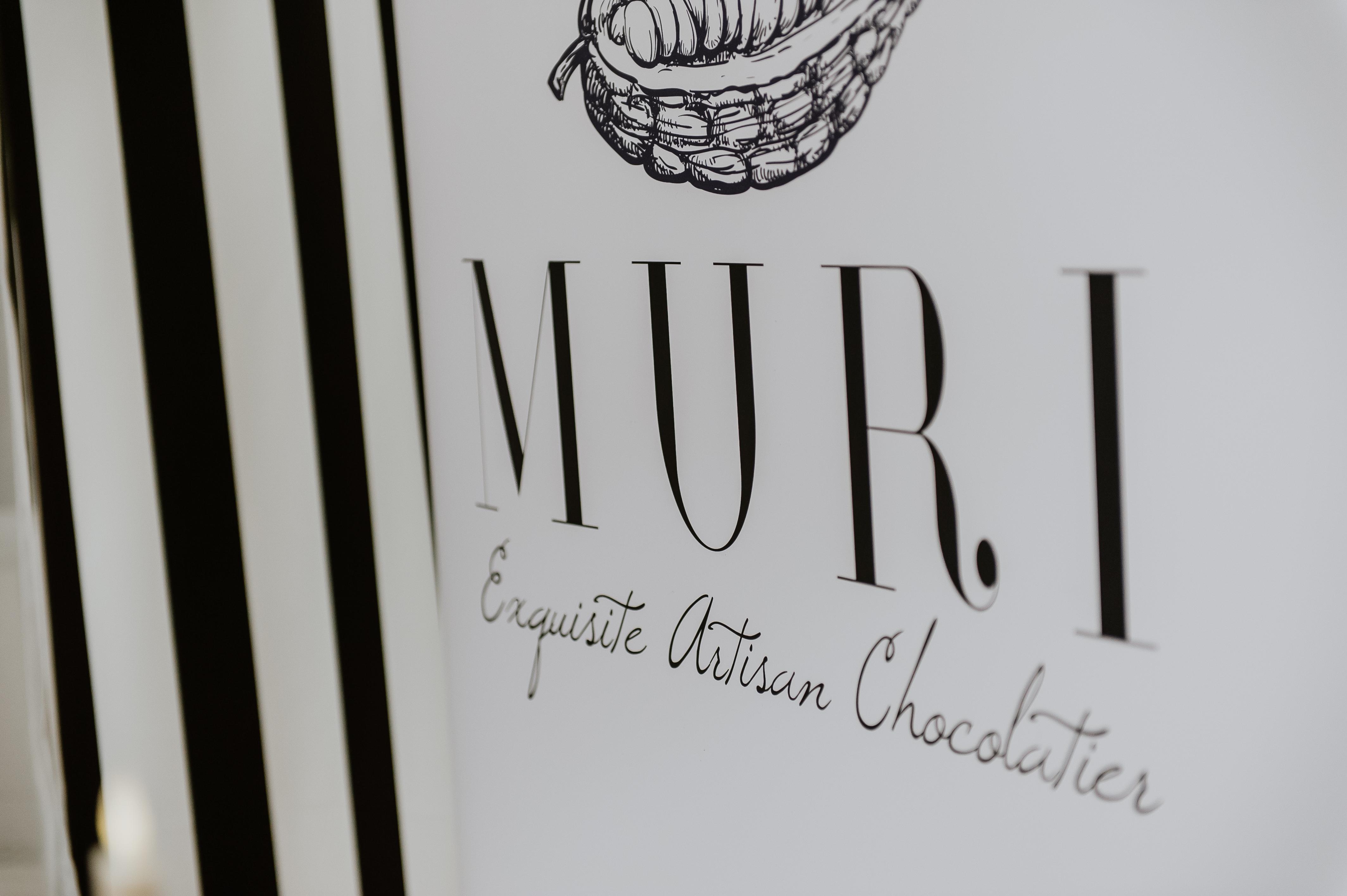 cadouri corporate, cadouri dulci, trufe ciocolata, bomboane pictate