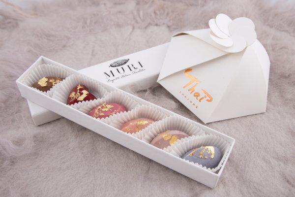 ciocolata aur, cutie ciocolata 8 martie, cadou 8 martie